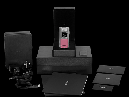 Комплектация телефона Vertu Constellation Ayxta Pink