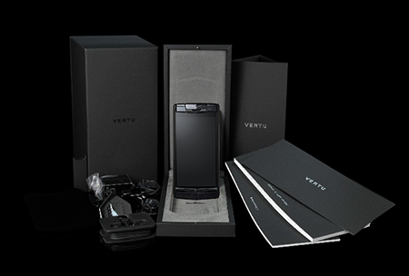 Комплектация телефона Vertu Signature Touch Pure Jet Calf