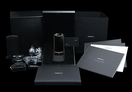 Комплектация телефона Vertu Ti Titanium Black PVD Red Gold Mixed Metals